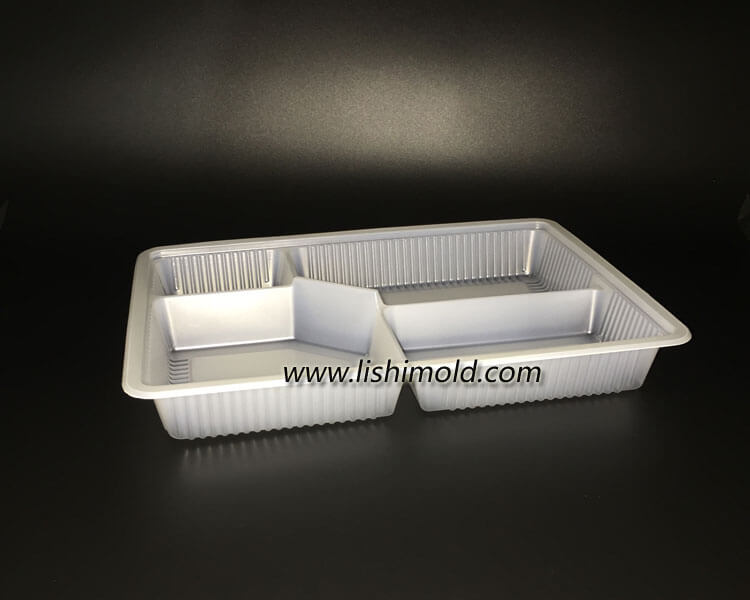 一次性塑料餐盒,塑料打包盒 45度视图